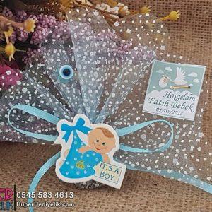 Mavi Bohçalı Bebek Magneti