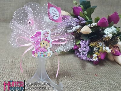 Pastalı 1 Yaş Doğum Günü Magneti Pembe