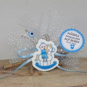 Atlı Karıncada Mavi Erkek Bebek Magneti