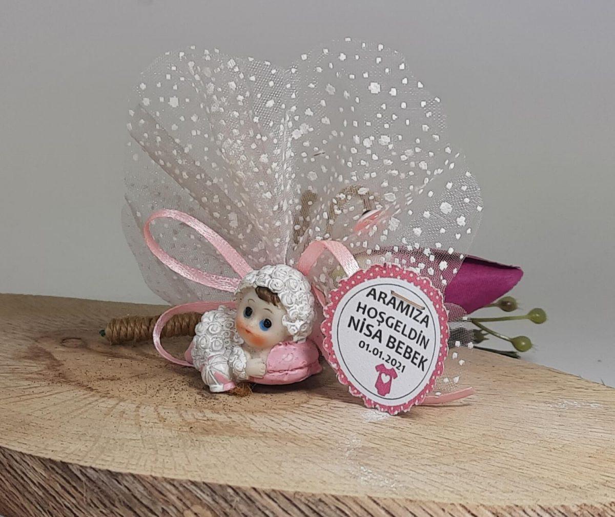 Kuzu Kostümlü Bebek Şekeri Biblolu