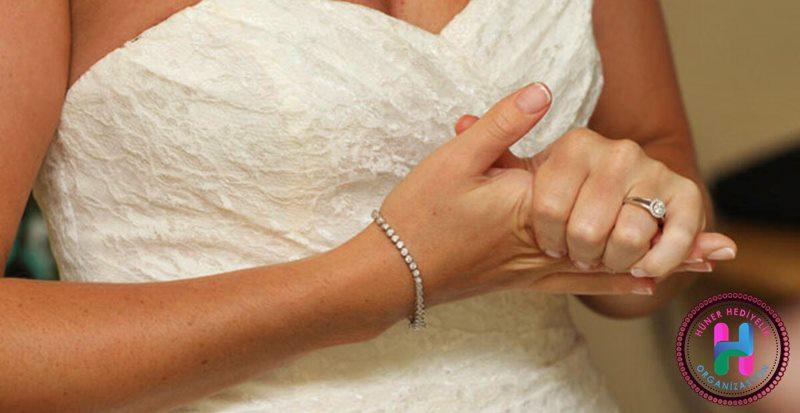 Evlilik Öncesi Sendromu Kadın
